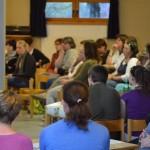 Eltern und Mitarbeiter des Kindergarten Dierdorf beim Elternabend zum Thema sexueller Missbrauch