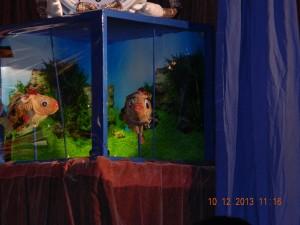 ......in ihrem Aquarium.